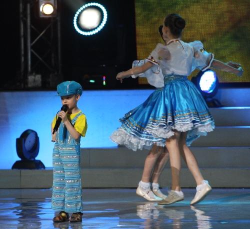 leonid-vavin-on-world-beauty-star-2011-04