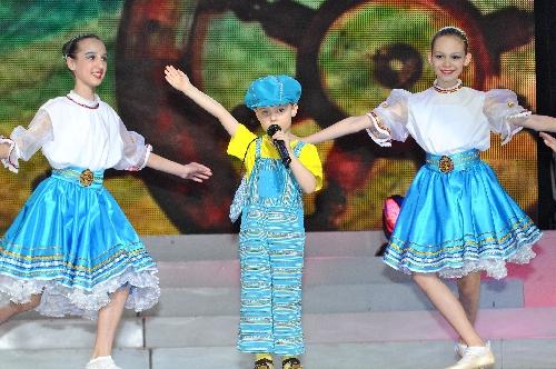 leonid-vavin-on-world-beauty-star-2011-34