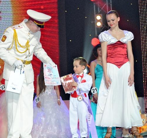 leonid-vavin-on-world-beauty-star-2011-41
