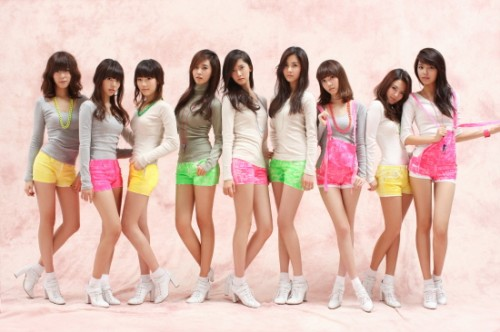 Girls' Generation (SNSD / SoShi / So Nyeo Shi Dae)