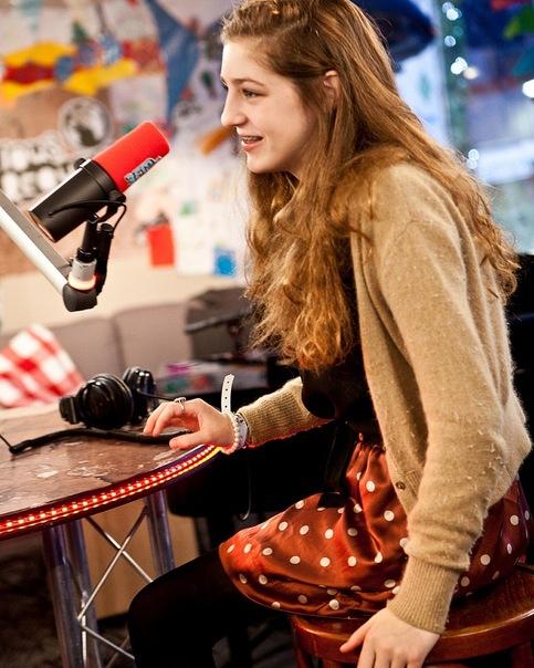 Birdy (Жасмин ван ден Богард / Jasmine van den Bogaerde). Фото 13.