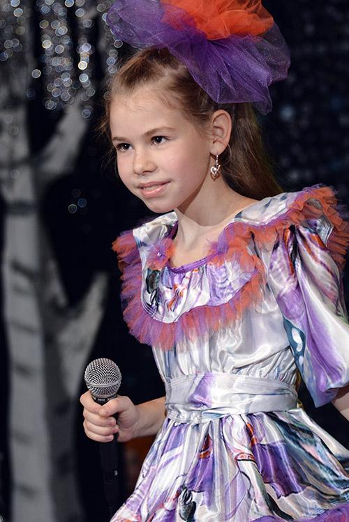 Sofiya Lozina 03